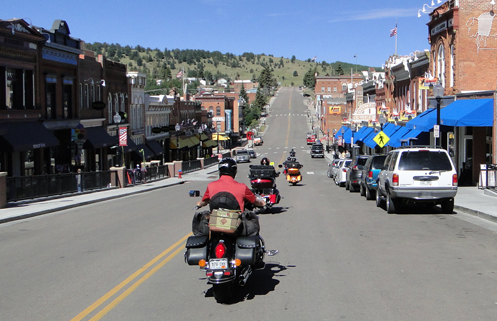 motorcycles in Cripple Creek