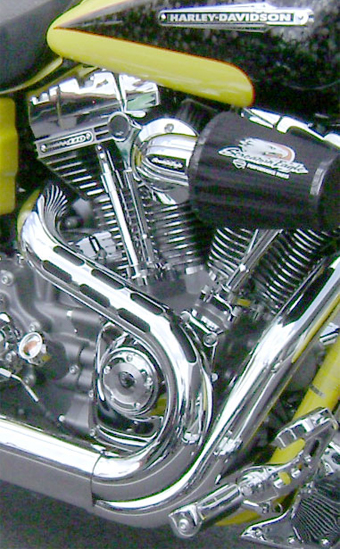 Screamin' Eagle with lots of chrome